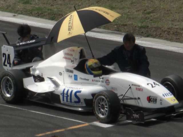Igor Sushko in the #24 H.I.S. Travel car at FCJ Formula Renault Round 1 at Fuji Speedway.